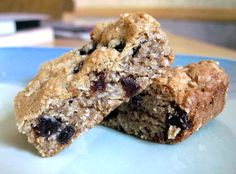 delicious oatmeal cookie bar and very easy to make!