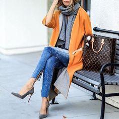 Streetstyle via amazing @streetstyle_fashion_milano  @lolariostyle Check link in bio.