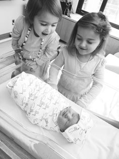 Hospital newborn photos: siblings meeting baby for the first time. Soo sweet!