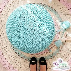 Decorate your home with a knitted pouf😉  #retwisst #tshirtyarn #fabricyarn #yarn #tapeyarn #trapillo #textilgarn #stofgarn #ribbon #xxlace #barbante #crochet #knitting #stricken #häkeln #hobby #creativity #happiness #knittedpouf #pouf #sitzkissen #трикотажнаяпряжа #тпряжа #letsretwisst #recycledcraftyarns