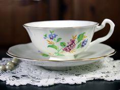 English Vintage Bone China Floral Teacup Tea Cup and Saucer -12030