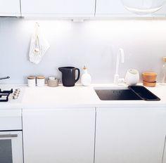 SOMETHING BEAUTIFUL: Clean kitchen