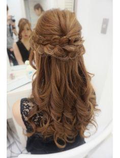 パーティーハーフアップ Easy Hairstyles, Wedding Hairstyles, Hair Inspiration, Wedding Inspiration, Long Wavy Hair, Hair Lengths, Salons, Hair Makeup, Hair Beauty