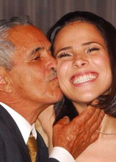 Wanessa volta a usar sobrenome Camargo a pedido do avô #Cantora, #DuplaSertaneja, #Filha, #Filme, #Nome, #Pop, #RioDeJaneiro, #Wanessa, #WanessaCamargo http://popzone.tv/2016/02/wanessa-volta-a-usar-sobrenome-camargo-a-pedido-do-avo.html