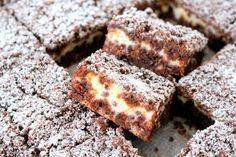 Alltså, att baka i långpann. No Bake Desserts, Dessert Recipes, Baking Recipes, Cookie Recipes, Swedish Recipes, Bread Cake, Bagan, Dessert Bars, Sweet Tooth