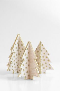 Mini Balsa Wood Christmas Tree Tutorial - You could easily make these out of some scrap wood with some power tools!