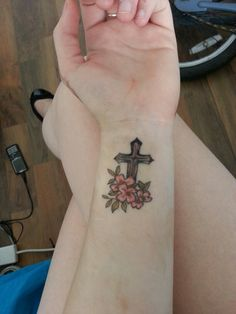 Latest tattoo <3 cross with flowers...