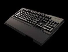 Het keyboard heeft enkele handige functionaliteiten, een leuke aanslag en een uniek uiterlijk. Reden genoeg dus om het keyboard even van dichterbij te bekijken en onze bevindingen met jullie te delen. Meer gamenieuws @ http://gamesnack.be