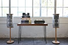 youngbeautiful-etc: Mcintosh, audio system, music, nowplaying, turntable, speakers, alex palecko, wood, woodwork, handmade, made in USA High End Audio Audiophile