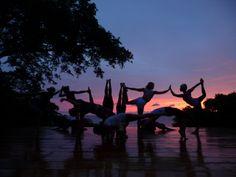 sunset yoga buena vista | Nicaragua yoga retreat with superfood breakfasts by Breakfast Criminals | Strala Yoga
