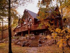 Log Lodge Gallery - Town and Country Cedar Homes home exterior, Log Cabins & Homes Log Cabin Living, Log Cabin Homes, Log Cabins, Porche Chalet, Log Home Designs, Log Siding, Cedar Log, Cedar Homes, Timber Homes