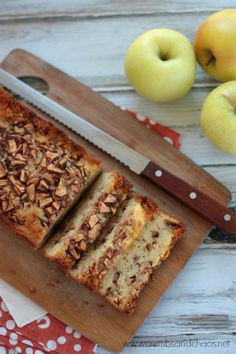 Easy Apple Cake | Cr