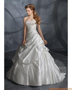 Robe de mariée bustier avec traîne ornée de broderie et de perles