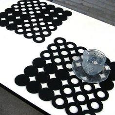 yazi 1pc Square Felt Laser Cut Circle Ring Dining Placemat Table Mat Pad 32x32cm Green Black Orange