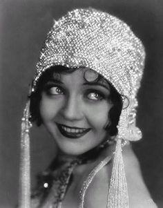 1920's cloche hat in rhinestone crystals