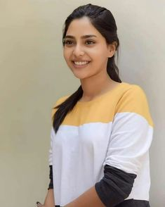 Girl Photography, Fashion Photography, Malayalam Actress, South Actress, Celebs, Celebrities, India Beauty, Bollywood Fashion, Indian Actresses