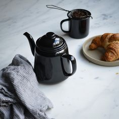 1L Tea Pot - A timeless enamelware tea pot that is also durable, smooth and chemically-resistant. 350ml Mug $15.00