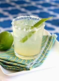 Skinny Aloe Margarita: Absolutely delicious without the guilt!