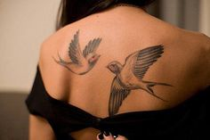 if i liked birds this would be a cool tattoo