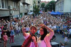 Festivalul Strada Armeneasca Dolores Park, Album, Google, Picasa, Card Book