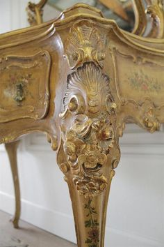Century Italian Polychrome Vanity in the Rococo Style from Full Bloom Cottage Bedroom Furniture Uk, French Furniture, Antique Furniture, Cute Cottage, Cottage Ideas, Rococo Style, Great Photos, Wood Projects, Hand Carved