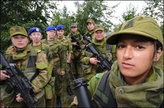 Women in uniform -- Norwegian army Beautiful Dark Twisted Fantasy, Dark And Twisted, Norwegian Army, Female Soldier, Women In History, Norway, Culture, People, Muslim