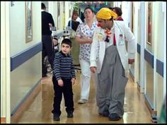 Clowning Around in a Jerusalem Pediatric Ward | Breaking Israel News