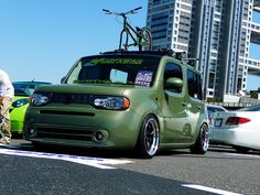 Nissan Cube. I like the green color, would love to get my silver cube refinnished in purple.