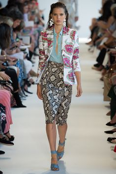 See the complete Altuzarra Spring 2017 Ready-to-Wear collection.