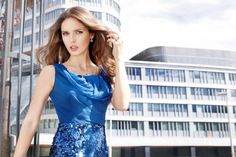 Wspaniała modelka i wspaniała biżuteria  - w tle nasz ukochany Wrocław! Wedding Bands, One Shoulder, Engagement Rings, Blouse, Model, Tops, Fashion, Enagement Rings, Moda