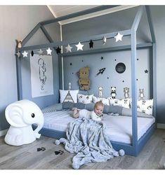 To buy on Etsy. Star garland (festoon), toddler room decor, nursery decor, garland for kids teepee - Baby Zimmer Toddler Room Decor, Toddler Rooms, Baby Room Decor, Nursery Decor, Kids Room, Garland Nursery, Kids Bedroom Sets, Baby Bedroom, Baby Boy Rooms