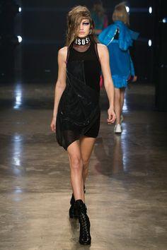 Runway #fashion review #LFW Fall17: Versus Versace - Lisa Frank meets the street
