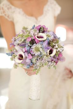 A pretty bouquet in shades of lilac.  Photo by Sara Donaldson Photography http://www.saradonaldson.com. #lilac #purple #bouquet