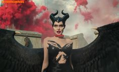 Maleficent – Ab Oktober im Kino With Angelina Jolie, Elle Fanning, Michelle Pfeiffer and many more. Watch Maleficent, Disney Maleficent, Disney Villains, Disney Princesses, Michelle Pfeiffer, Donald Glover, Flynn Rider, Elle Fanning, Cartoons