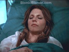 """Bionic Woman: Animated gif: Click through to web page to see it in action. From the Bionic Woman episode review: """"The Antidote""""  http://www.bionicblonde.com/bionic_blonde/Blog/Entries/2012/1/4_The_Antidote.html"""