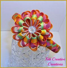 I Like Big Bows: Cute woven headbands and beautiful ribbon flowers (Fab Creative Creations) Making Hair Bows, Diy Hair Bows, Diy Bow, Bow Hair Clips, Ribbon Headbands, Diy Headband, Ribbon Bows, Ribbon Hair, Grosgrain Ribbon