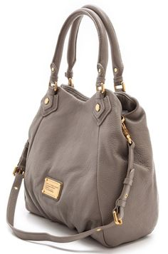 Love this #MarcJacobs bag http://rstyle.me/n/gid8zr9te