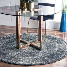 nuLOOM Distressed Traditional Vintage Fancy Round Rug