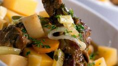 Welsh Cawl recipe _ This traditional Welsh stew recipe is versatile and a fantastic winter warmer