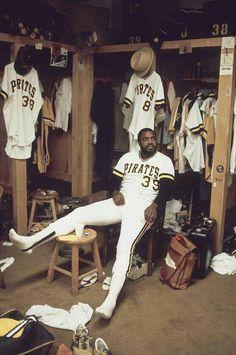 Dave Parker the cobra Best Baseball Player, Better Baseball, Sports Baseball, Baseball Stuff, Basketball, Football, Baseball Cards, Negro League Baseball, Major League Baseball Teams