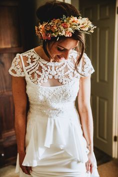 Bride wears a dried flower crown. Photography by Frankee Victoria