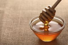 13 Everyday Remedies From Your Kitchen Cupboard: Honeyas an Everyday Kitchen Remedy