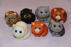 tutorial on polymer clay cats - Bing images Polymer Clay Cat, Polymer Clay Figures, Polymer Clay Animals, Polymer Clay Projects, Polymer Clay Charms, Polymer Clay Creations, Diy Fimo, Clay Cats, Clay Figurine