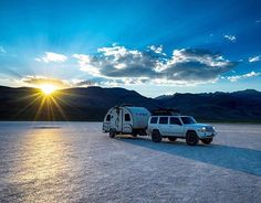 Wishing you #goodmorning with this spectacular shot by @andy_best! #camper #rvlife #rvgems #homeiswhereyouparkit #rvliving #wanderlust #camp #fulltimerv #camping #travel #outdoors #nature #travelusa #wandering #offthegrid #campvibes #nomad #boondocking #roadtrip #gorving #gypsy