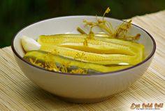 Ezt fald fel!: Kovászolt cukkini télire is tartósítószer nélkül..... Pickles, Cucumber, Keto, Vegetables, Food, Essen, Vegetable Recipes, Meals, Pickle