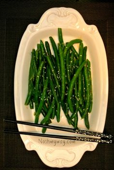 Quick and easy, these Miso Butter Green Beans are pan-fried and will wow all your guests. Healthy Side Dishes, Vegetable Side Dishes, Vegetarian Recipes, Cooking Recipes, Healthy Recipes, Asain Food, Miso Recipe, Miso Butter, Green Bean Recipes