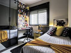 awesome boy bedroom ideas bedroom ideas for teenage guys with small rooms cool bedroom ideas for teenage guys small rooms teenage guys room design cool stuff for teenage guys rooms teenage room colors for guys teenage bedroom ideas for small rooms Boys Bedroom Decor, Home Bedroom, Modern Bedroom, Bedroom Ideas For Teen Boys, Cool Bedrooms For Boys, Girls Bedroom, Teenage Room, Teenage Guys, Awesome Bedrooms