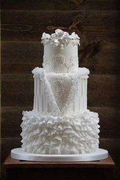 Indescribable Your Wedding Cakes Ideas. Exhilarating Your Wedding Cakes Ideas. Amazing Wedding Cakes, White Wedding Cakes, Amazing Cakes, Purple Wedding, Gold Wedding, Camo Wedding, Floral Wedding, Wedding White, Unique Cakes