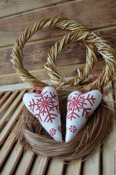 Купить Рождественские сердечки - новогодние сердечки, Сердечки Тильда, ярко красный тильда