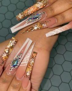 Glam Nails, Dope Nails, Bling Nails, Really Long Nails, Urban Nails, Acrylic Nails Coffin Pink, Nails Design With Rhinestones, Luxury Nails, Crystal Nails
